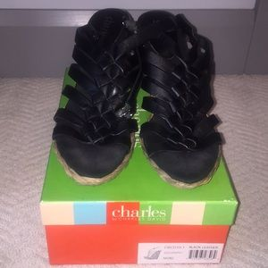 Charles David Black wedge espadrilles type